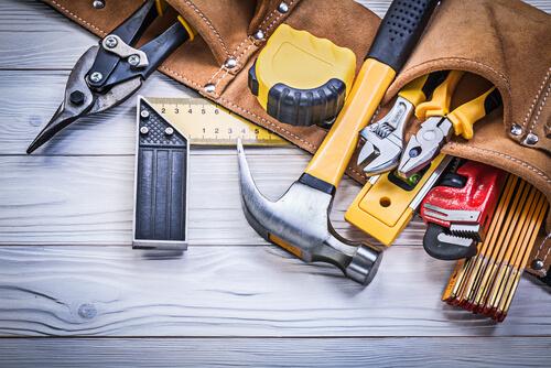 אילו שירותי בנייה משלימים צריך באחזקת בניין?